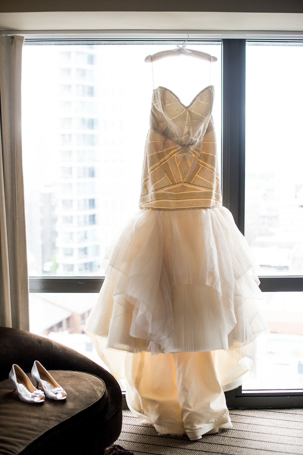 Strapless Mermaid Wedding Gown Chicago Wedding Julia Franzosa Photography