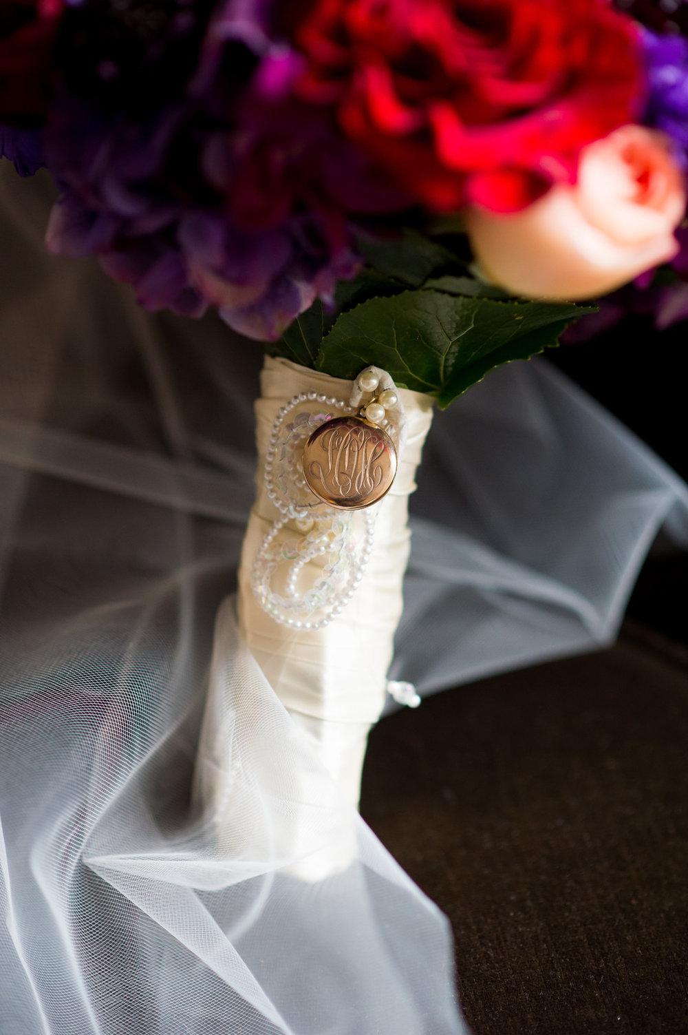 Monogramed Bridal Bouquet Chicago Wedding Julia Franzosa Photography
