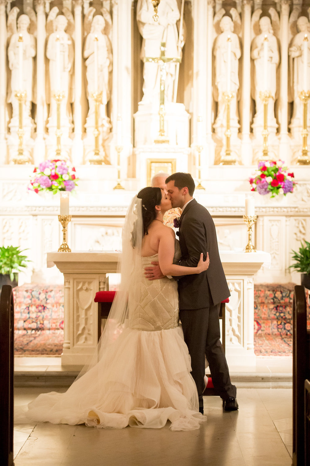 First Kiss Chicago Wedding Ceremony St. James Chapel Julia Franzosa Photography