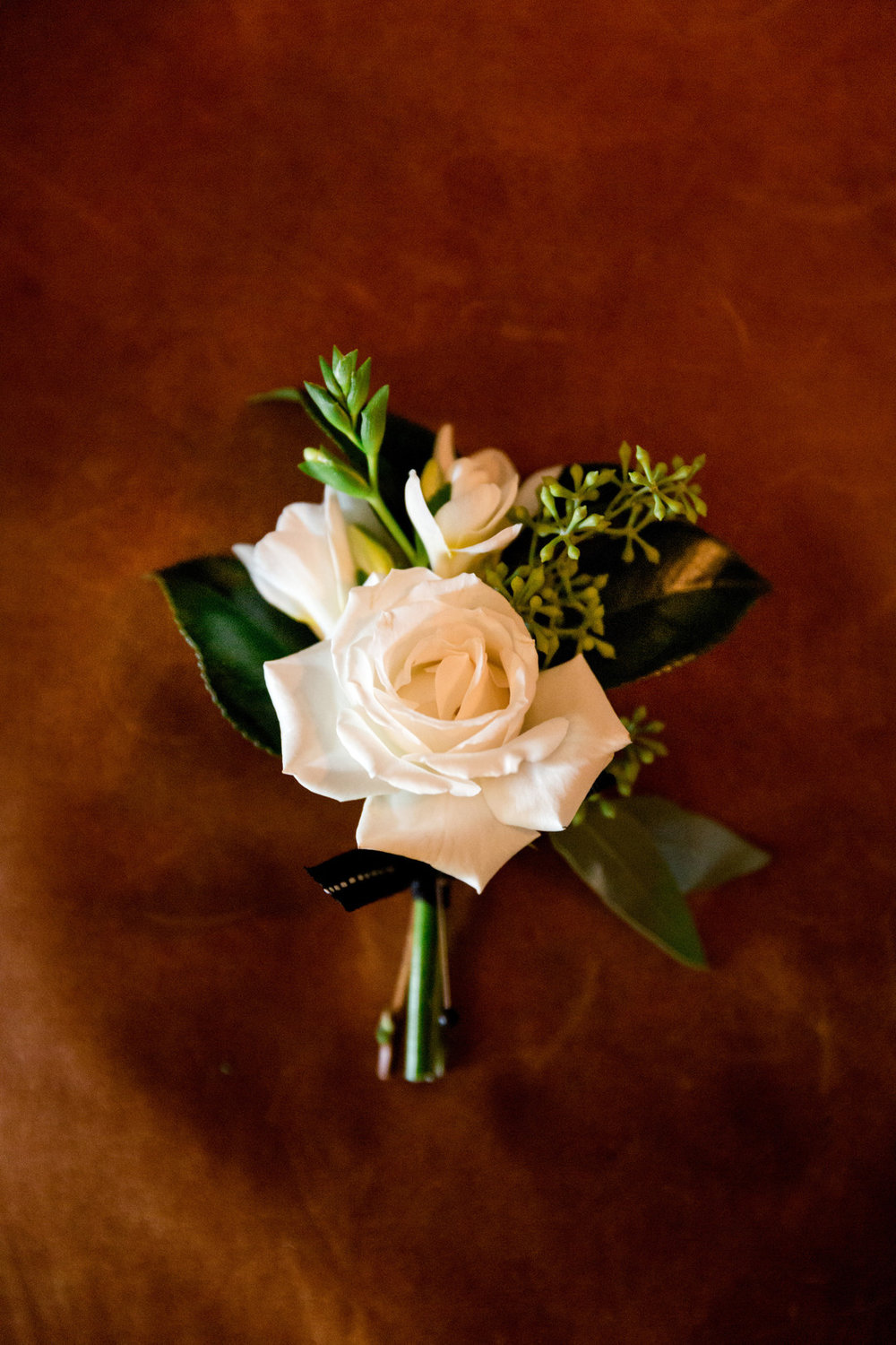 Peach Rose Boutonniere Chicago Wedding Julia Franzosa Photography
