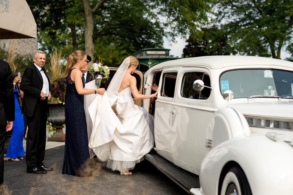 Bride and Groom Exit Chicago Wedding Julia Franzosa Photography