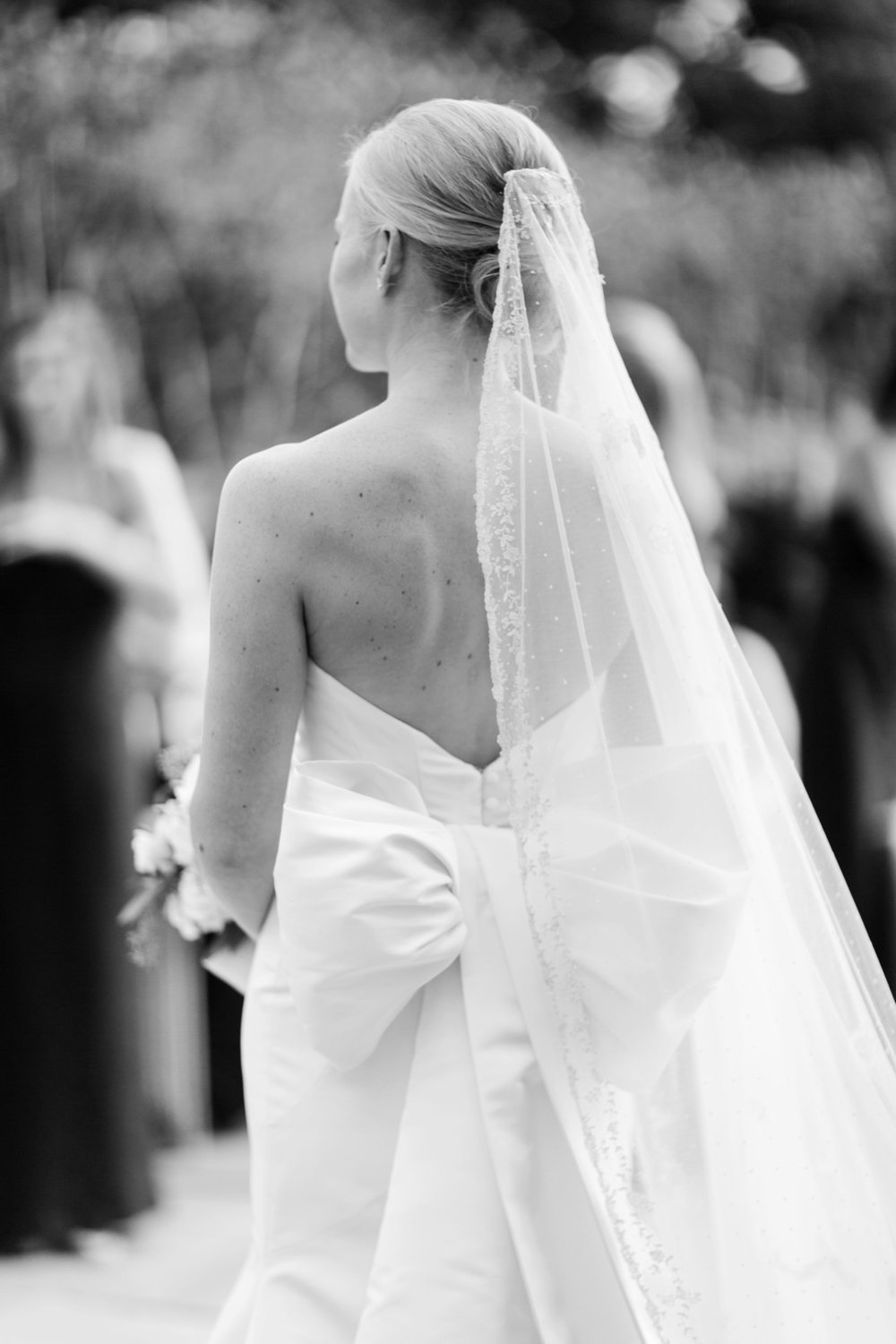 Wedding Gown Bow Chicago Wedding Julia Franzosa Photography