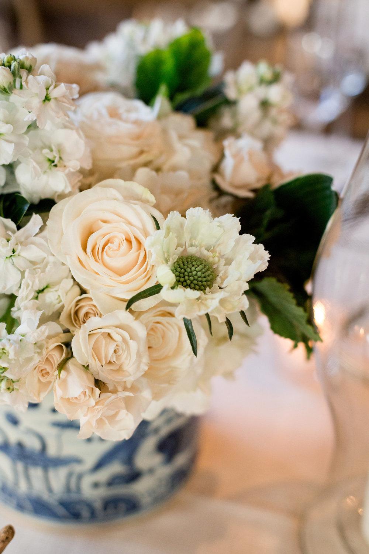 White Rose Center Pieces Chicago Wedding Julia Franzosa Photography