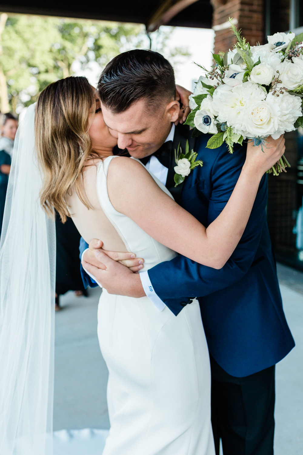 Bride and Groom Chicago Wedding Lindsey Taylor Photography