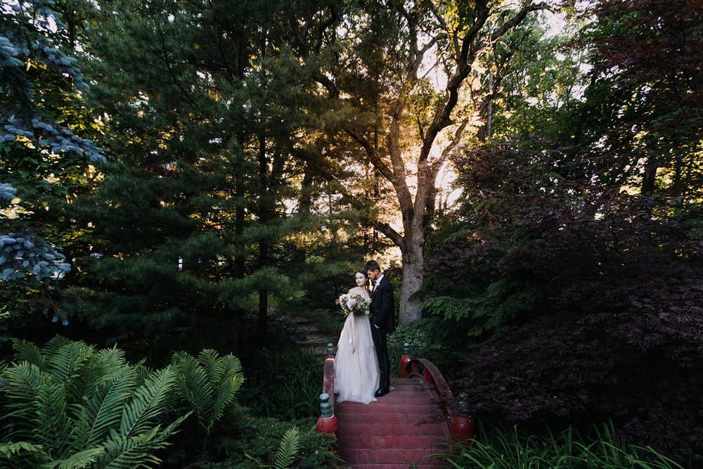 Romantic Bride and Groom Portrait Chicago Wedding lisa kathan photography