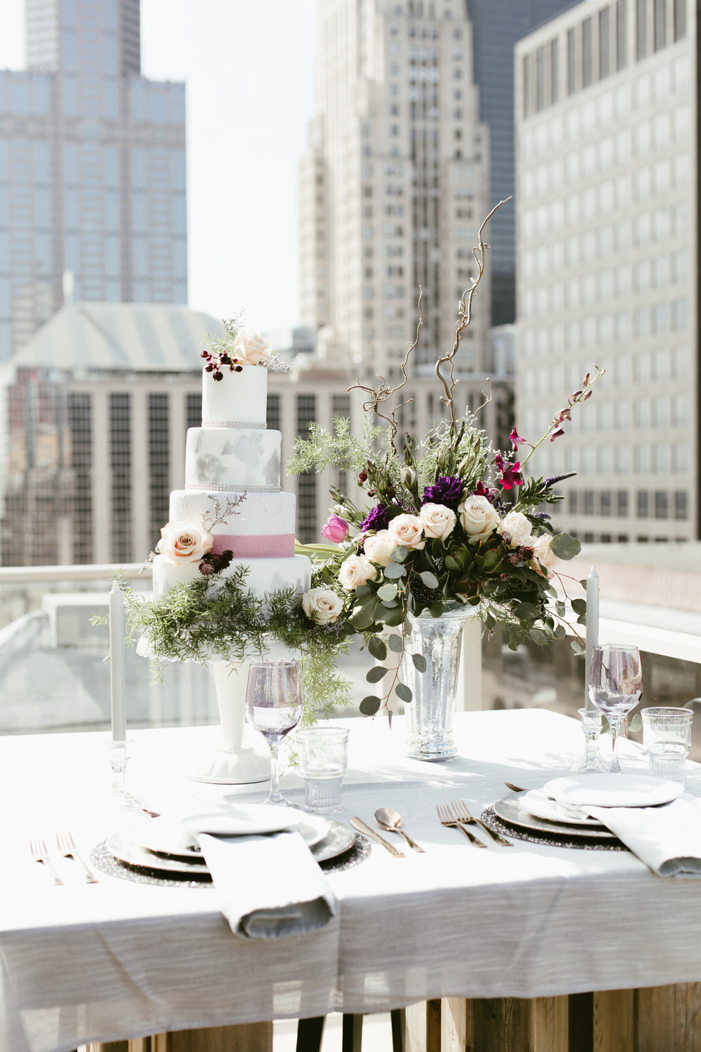 Floral and Greenery Wedding Cake Chicago Wedding Stephanie Wood Photography