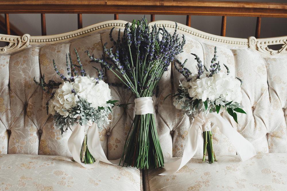 Lavender Bridal Bouquet Chicago Farm Wedding Elite Photo