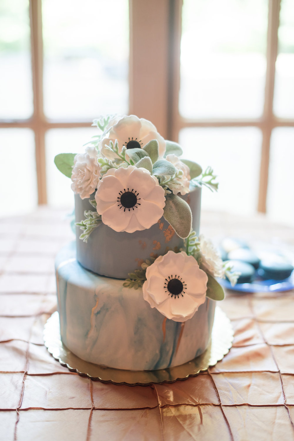 Blue and Gold Wedding Cake Chicago Wedding Rakoteet Photography