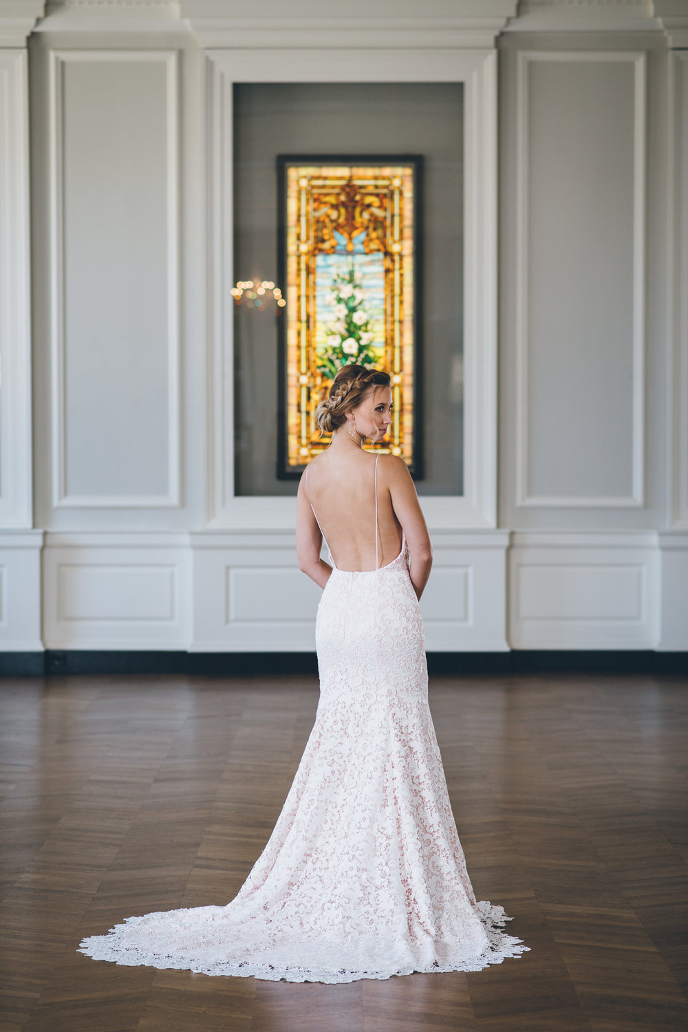 Low Back Lace Wedding Gown Chicago Wedding Ed and Aileen Photography
