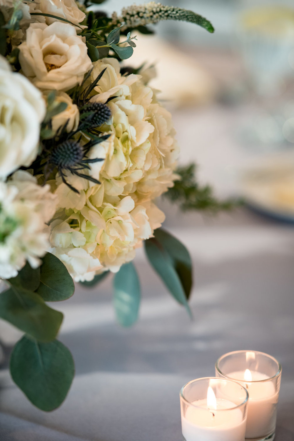 Floral Arrangement Chicago Wedding Julia Franzosa Photography