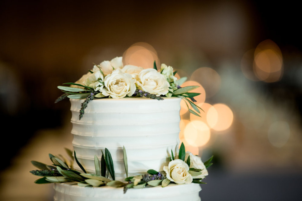 Ivory Roses and Greenery Wedding cake Chicago Wedding Julia Franzosa Photography