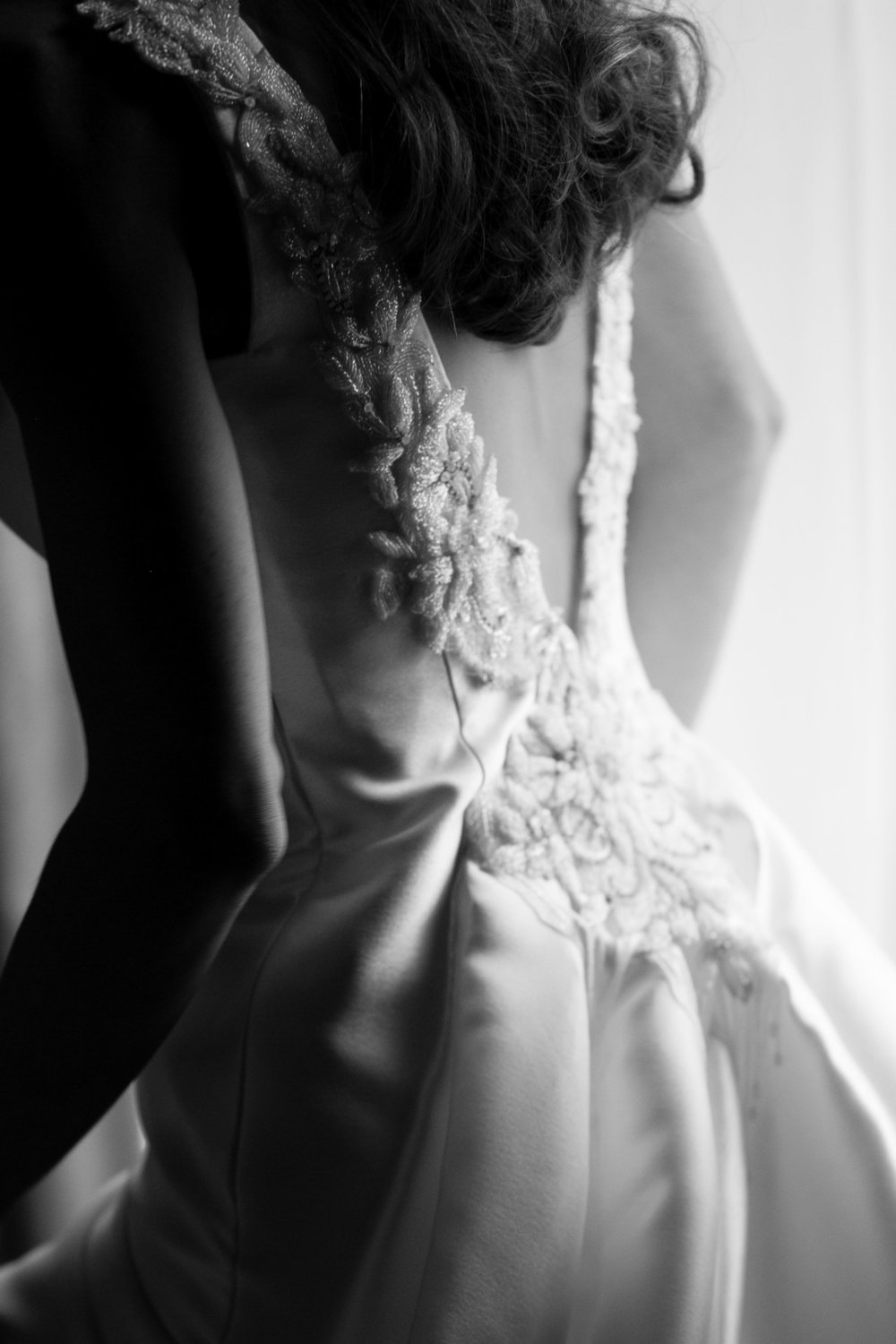 Low Back Glittery Wedding Gown Chicago Wedding Emilia Jane Photography