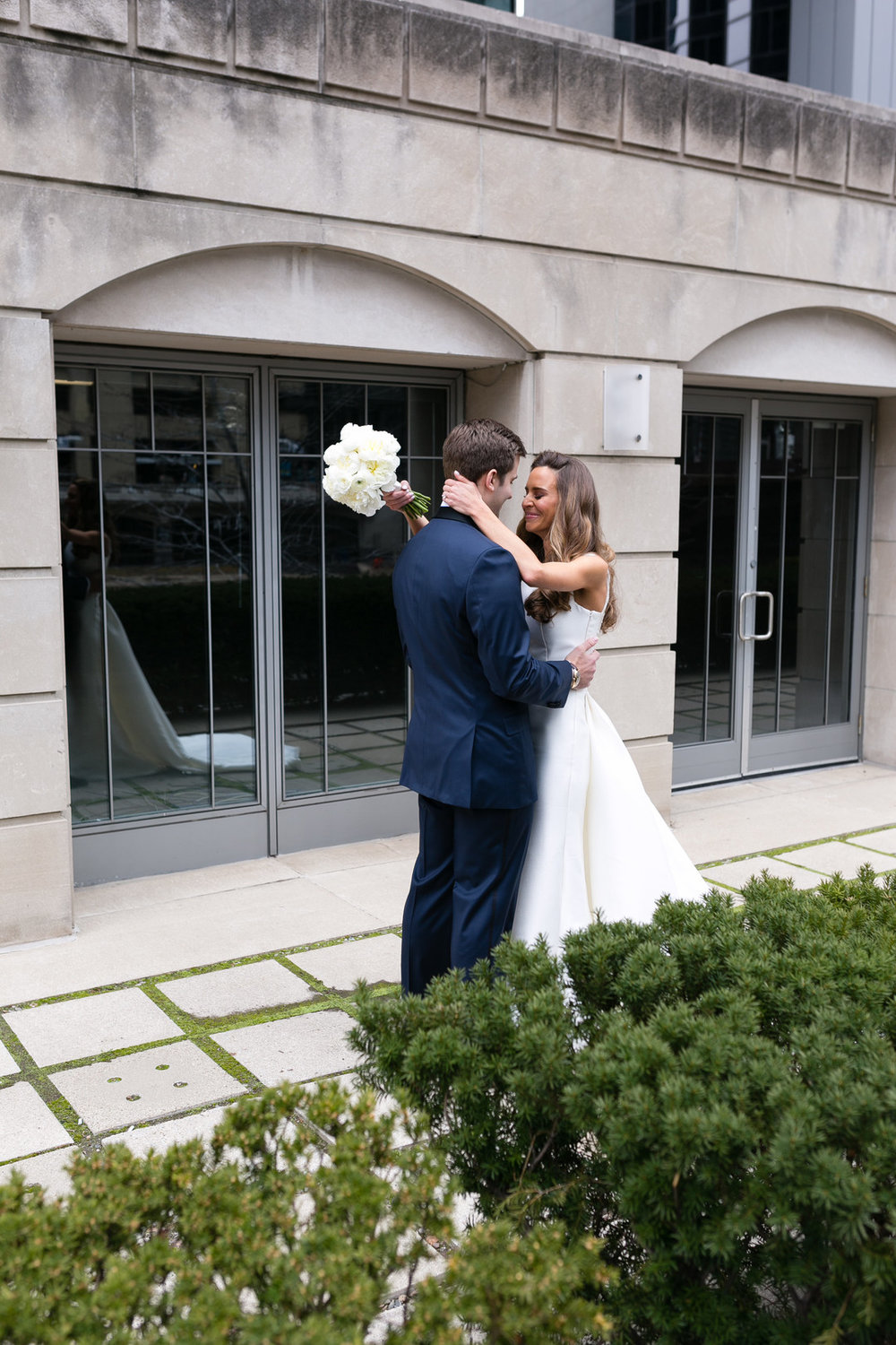 First Look Chicago Wedding Emilia Jane Photography