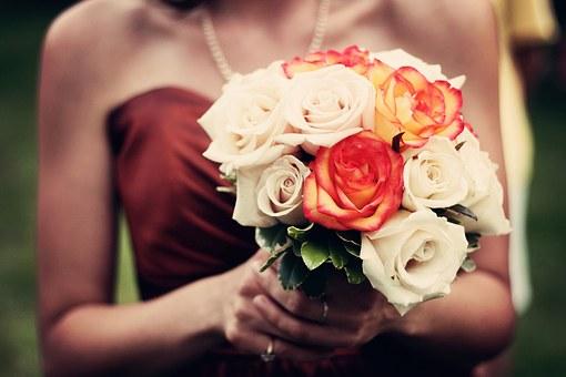 bouquet-1246307__340.jpg