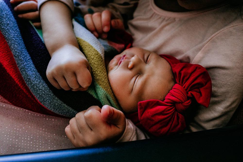 documentary-newborn-pictures-newborn-photographer-fresh-48