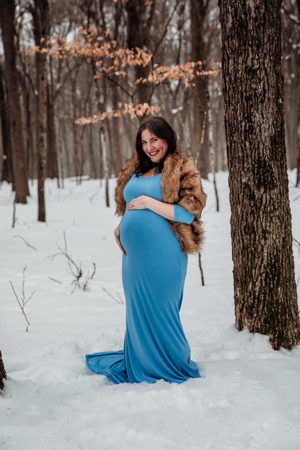 austin-minnesota-maternity-photography-session-outdoors