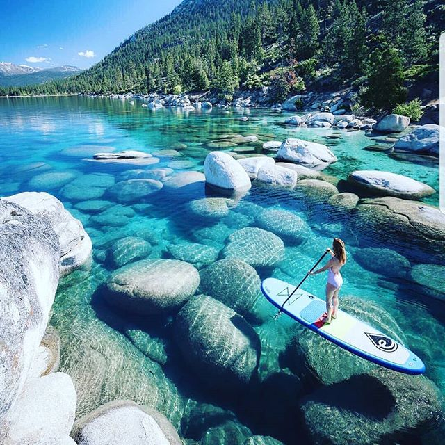 Purify yourself in the clear and calm waters of Lake Tahoe 📸 by @everchanginghorizon #photography #travelgoals #travel #wanderlust #beautiful #clearwater #thatviewtho
