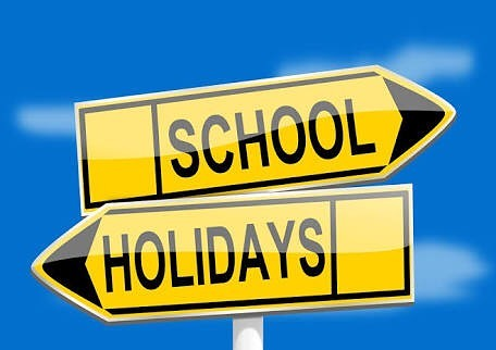 Bring your family to visit the dentist in the school holidays