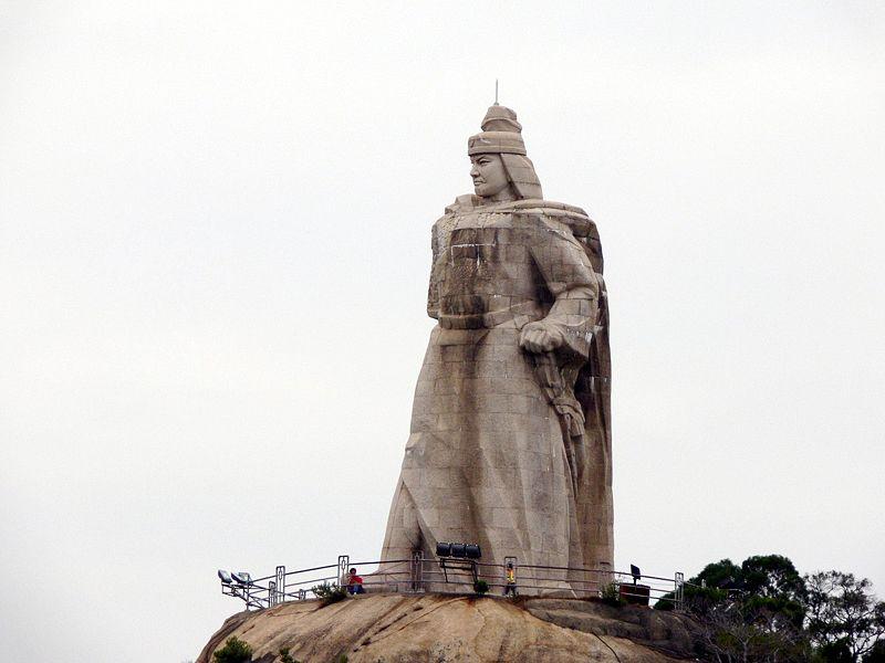Zheng_Chenggong Statue.jpg