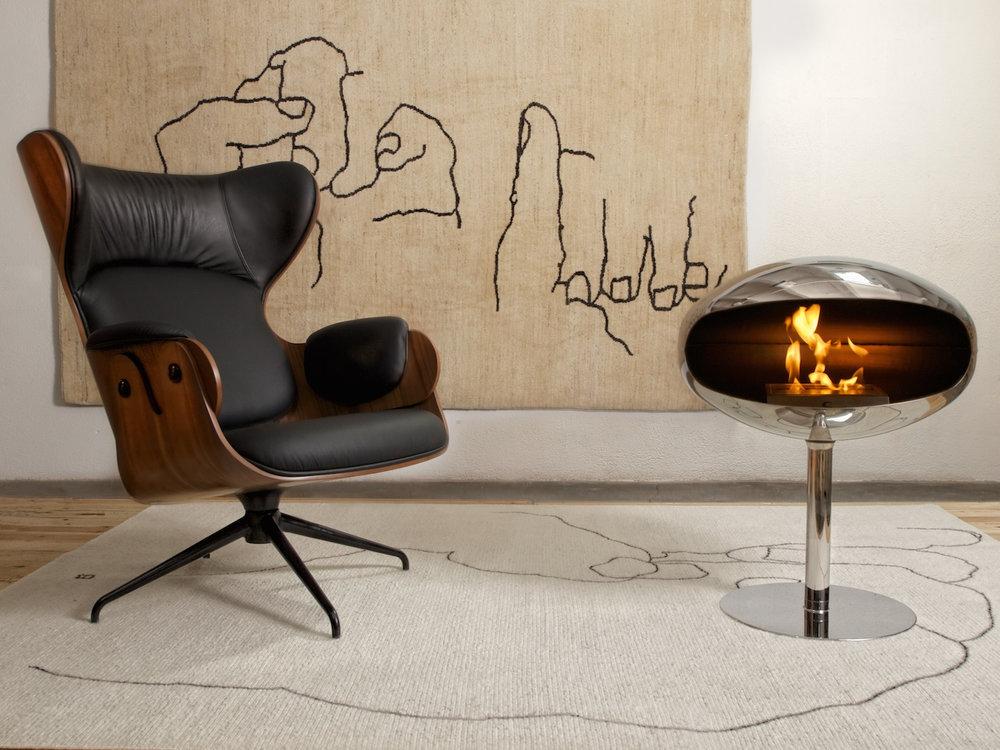 cocoon-fires-pedestal-ss-in-situ.jpg