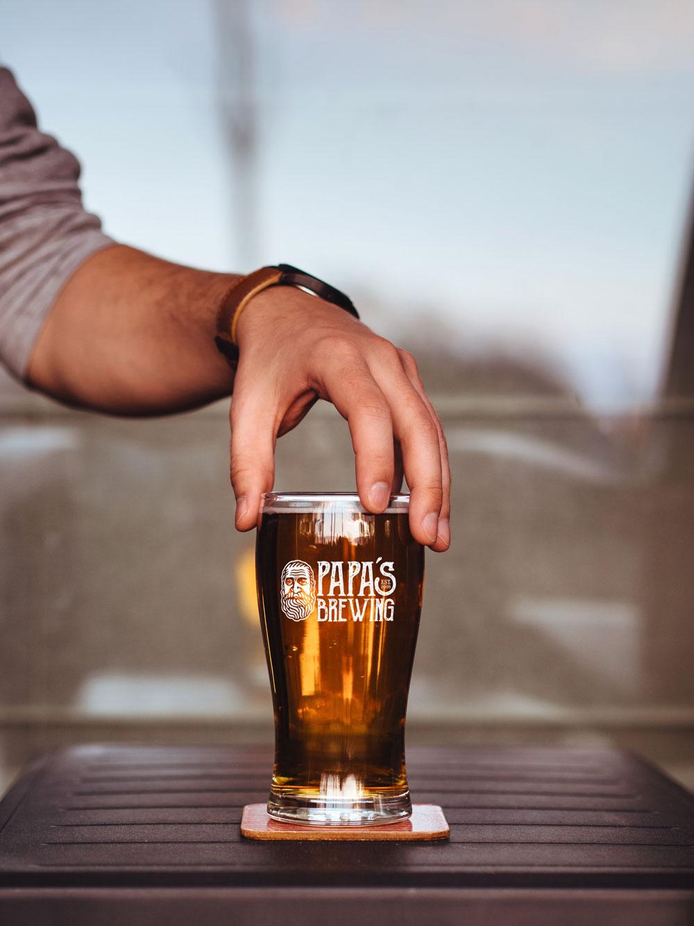 papas-brewing-Beer-Glass-Mockup_web.jpg