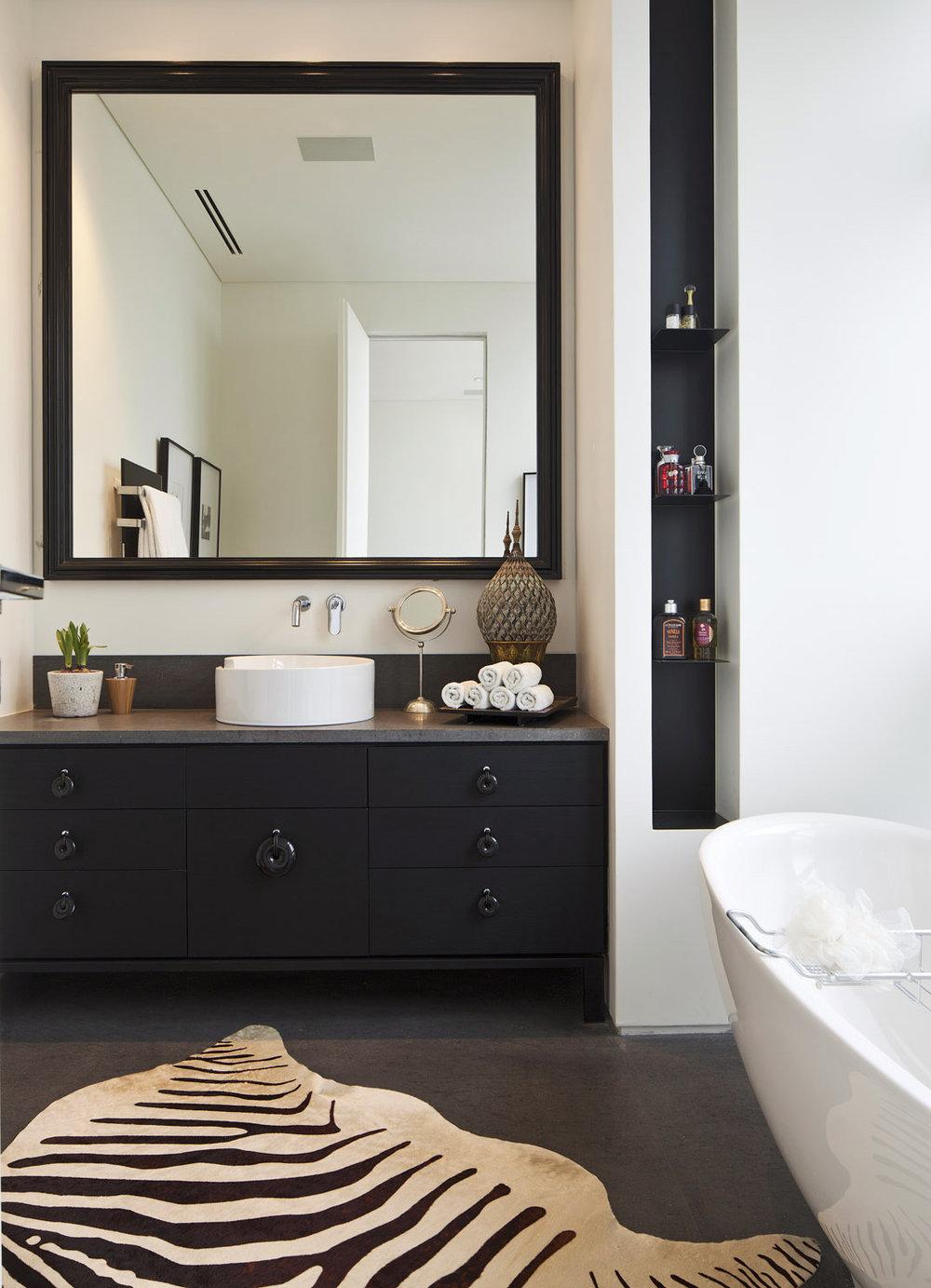 luxury-bathroom-design.jpg