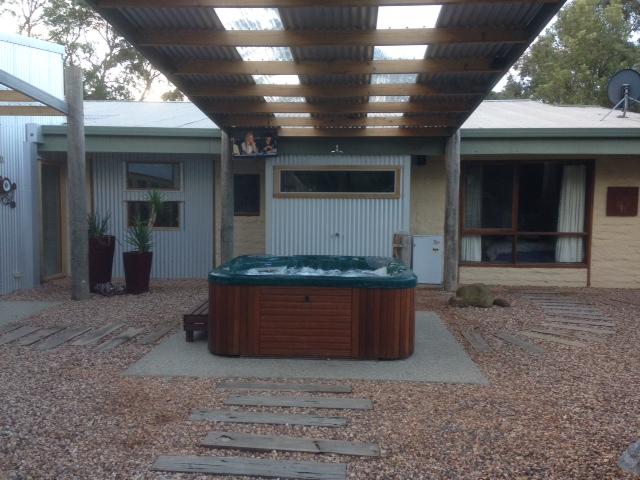 Outdoor-TV-mount-Ballarat.jpeg