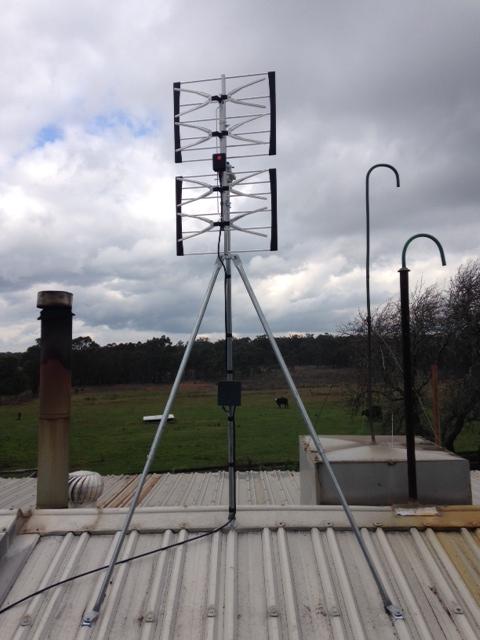 Phased array on uni mount with amp.JPG