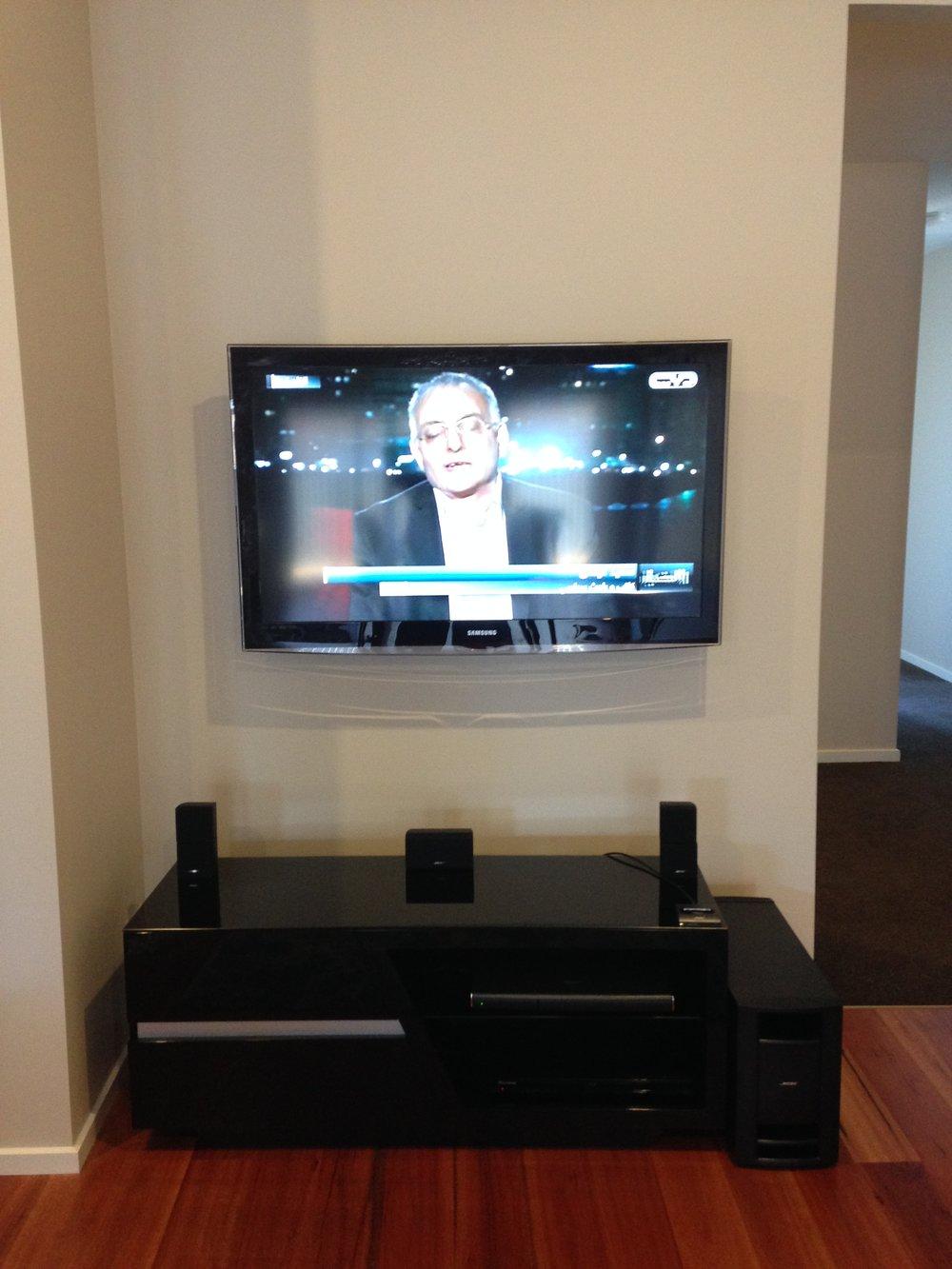 TV Wall Mount.JPG