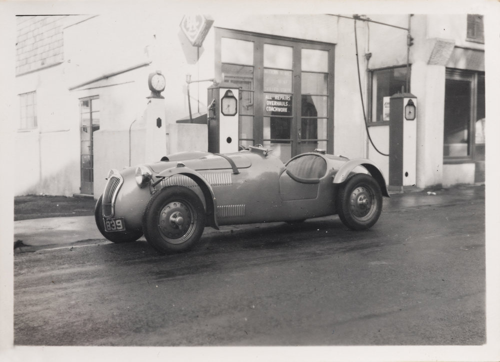 FN21 (Salvadori) outside Anthony Crook Motors
