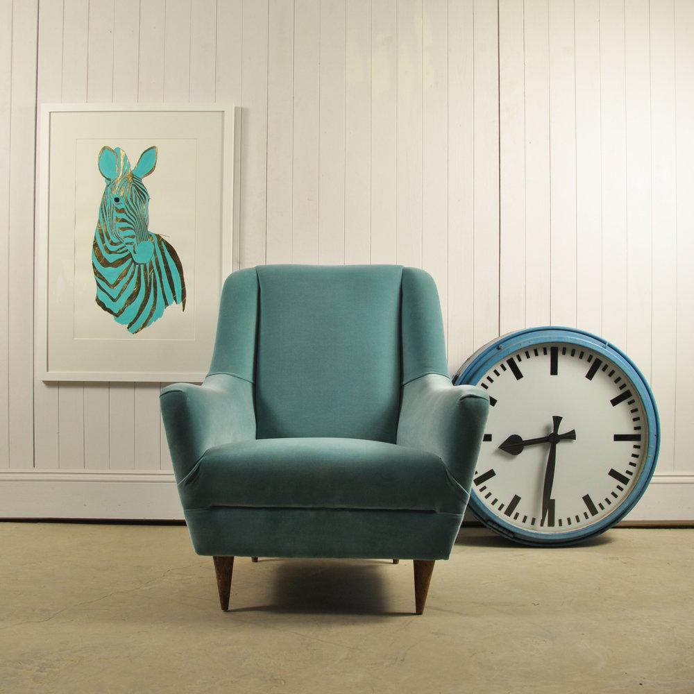 blue-clock-6.jpg