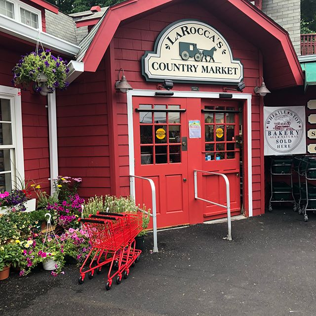 We are now selling at La Rocca's Country Market (Stamford CT) in our own neighborhood! Come buy now!❤️🍫✨ ~ #chocolate #sweet #delicious #shirleydeliciousconfections #chocolate #family #girls #treats #yum #back40mercantile #delivery #businesswoman #buisness #buynow #gogetit #yummy #chocolate #new #rose #sun #mother #daughter #madewithlove❤️ #connecticutmade #stamfordlocal #nutty #toffee #english #womanowned #handmade #handdipped