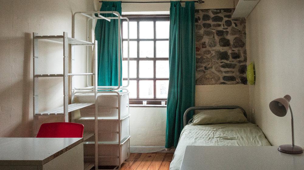 Room 2-1.jpg