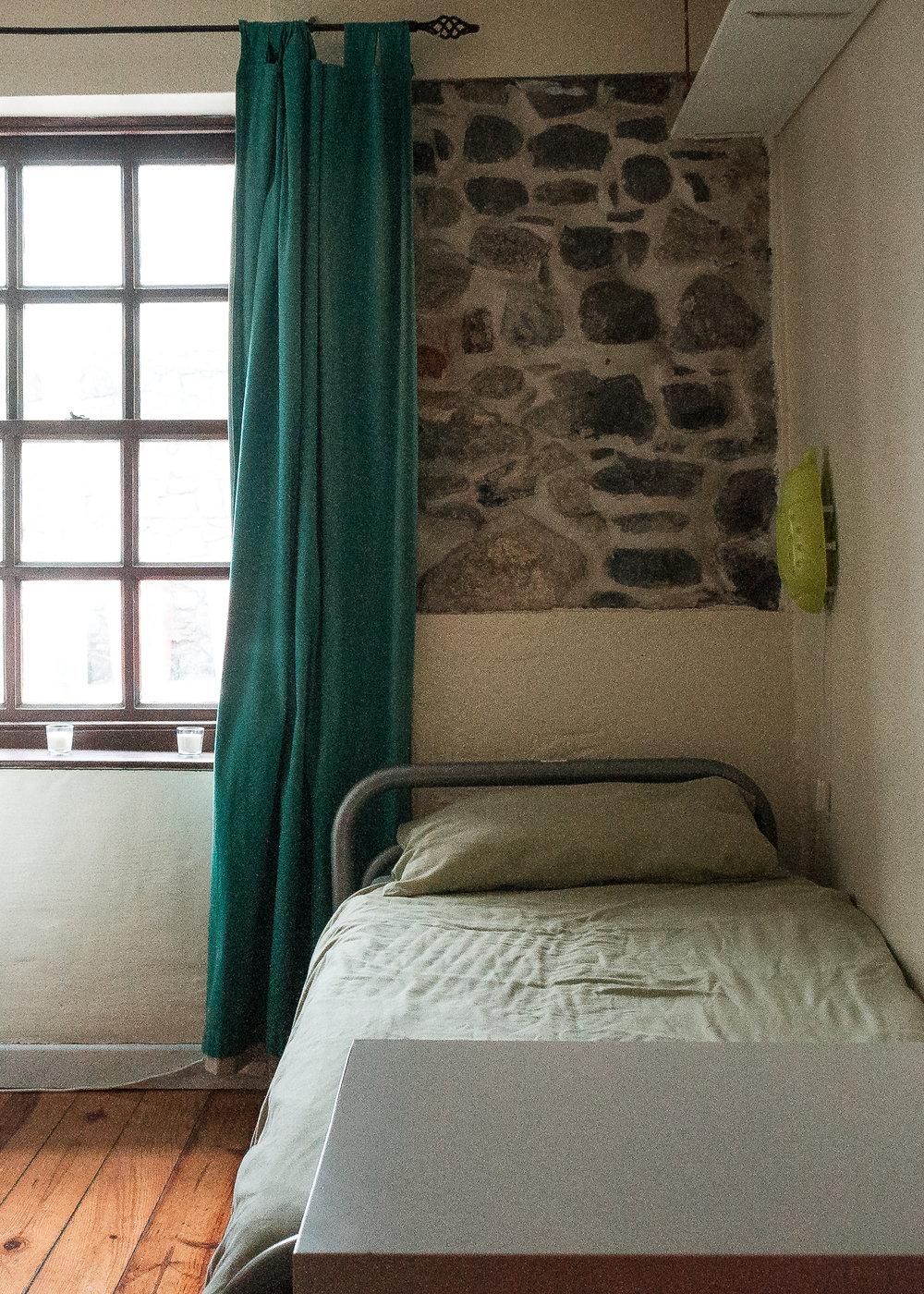 Room 2-2.jpg