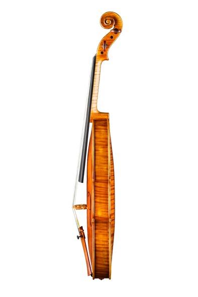 stradivari-1713-gotting-side-s.jpg