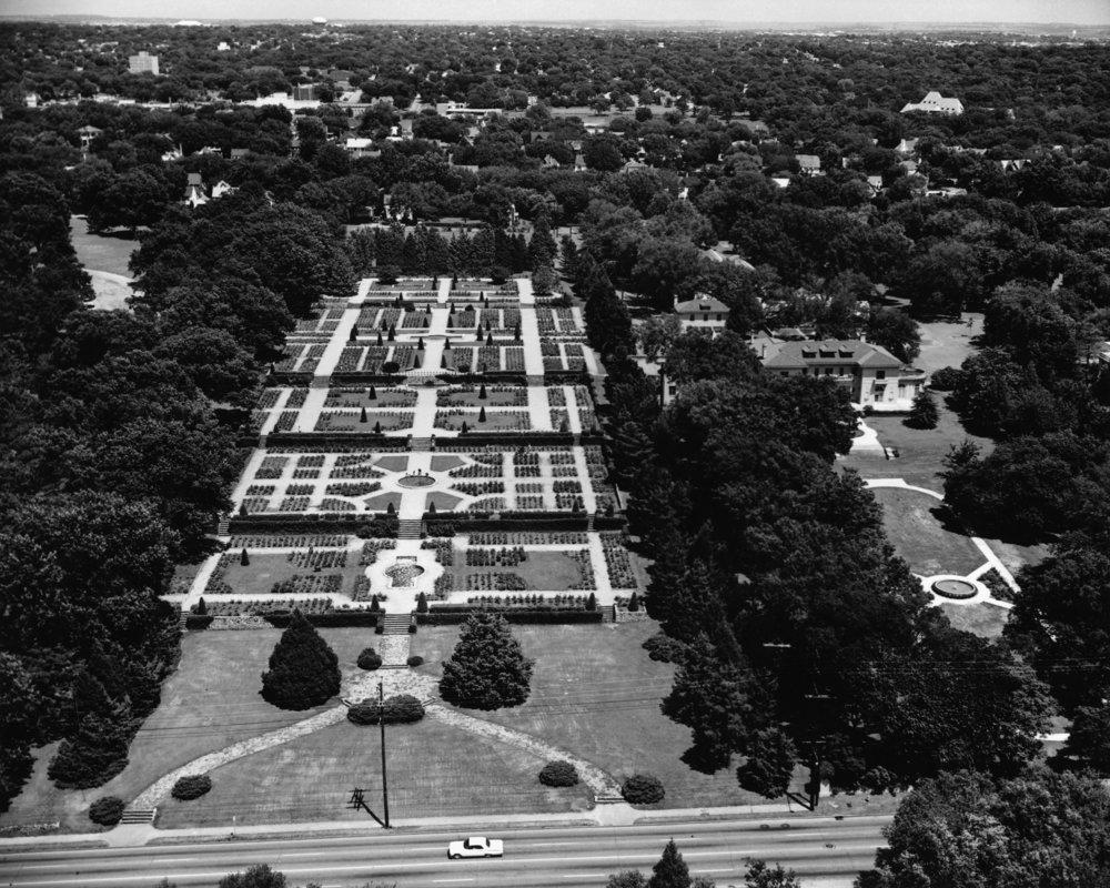 Tulsa Rose Garden (c. 1960s)