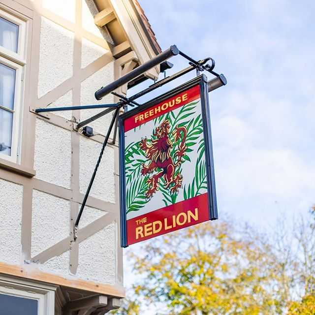 There are over 600 Red Lion pubs in Great Britain, but there's only one #RedLionStevington.  Aside from our beautiful decor and delicious seasonal menu, it's our dedicated team that really makes us shine. We care about every detail, whether you are popping in for a drink, dining with us or staying a bit longer in one of our rooms. We strive to make your visit to The Red Lion Stevington exceed every expectation.          #detailsmatter #customerservice #supportlocal #lovebedford #bedford #bedfordshire #countryretreat #bedfordbusiness #restandrelaxation #restrelaxrecharge #redlionstevington #interiorstyling #interiorinspirations #wallpaperdesign #wallpaperlove #restaurantdesign #restaurantlife #inspireddesign #goodfoodgoodlife #goodfoodgoodmood #passionateaboutfood #luxlifestyle #eleganteating #stevington #bedford #eatlocal #localfood #livelovefood #redlion