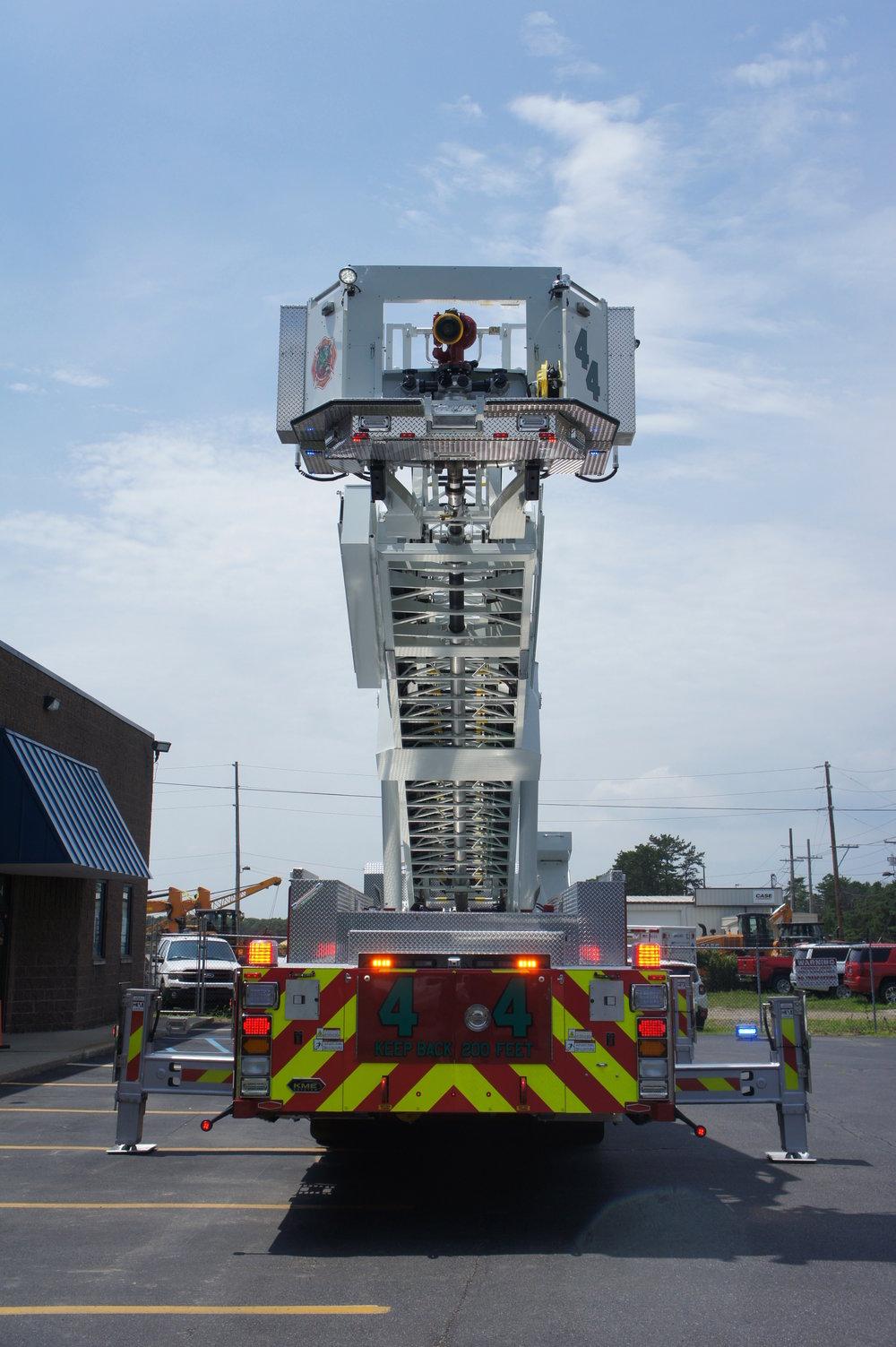 003-firetruck.jpg