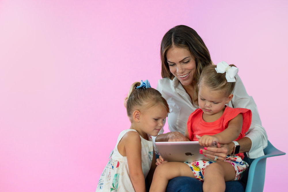 We love Kickstart Reading! - I'm a working mom with three young kids, so life gets pretty busy.Kickstart Reading makes it so easy to watch a quick videoand practice reading with the kids before bedtime.- Troy, Elle and Reese's mom (Erica)