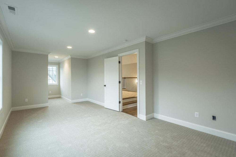 7892-eden-ct-bedroom-02.jpg