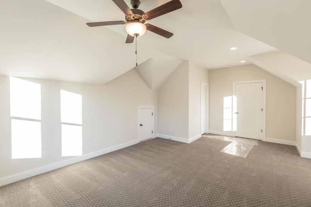 8234-rambling-rose-drive-bedroom-08.jpg