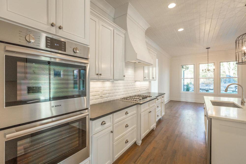 8234-rambling-rose-drive-kitchen-dining.jpg