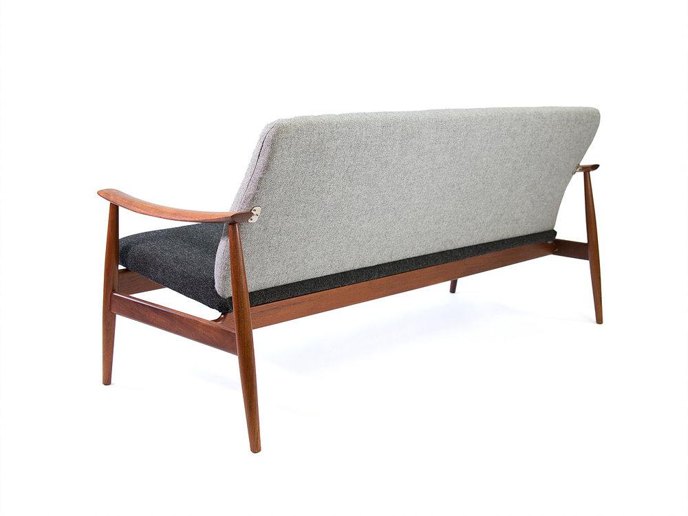 FINN JUHL Model 138 Sofa For France And Daverkosen