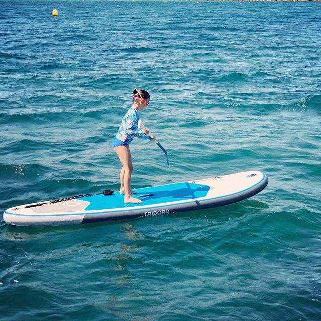 Yesterday, I got to paddle board in the Mediterranean — it was so much fun! I love Barcelona so much. It's great to be back! 🇪🇸❤️#Mediterranean #barcelona #spain #travel #travelblogger #kidblogger