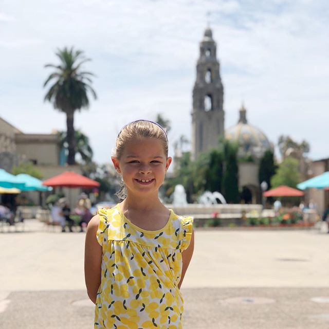 You don't have to fly halfway around the world in order to see and learn new things. We had a great time exploring Balboa Park and the Fleet Science Center today. I loved the documentaries about the Great Barrier Reef and Pandas!