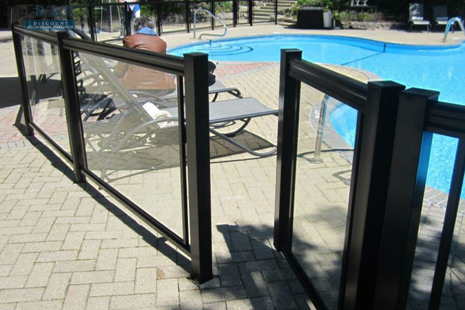glass_railings_gate_.jpg
