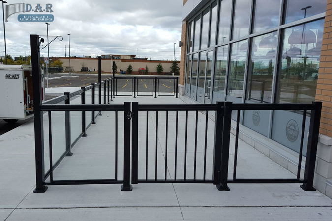 glass_railings2.jpg