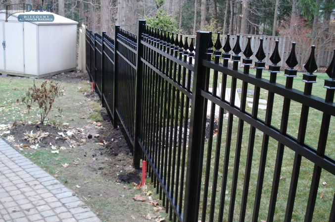 aluminum_fence-1.jpg