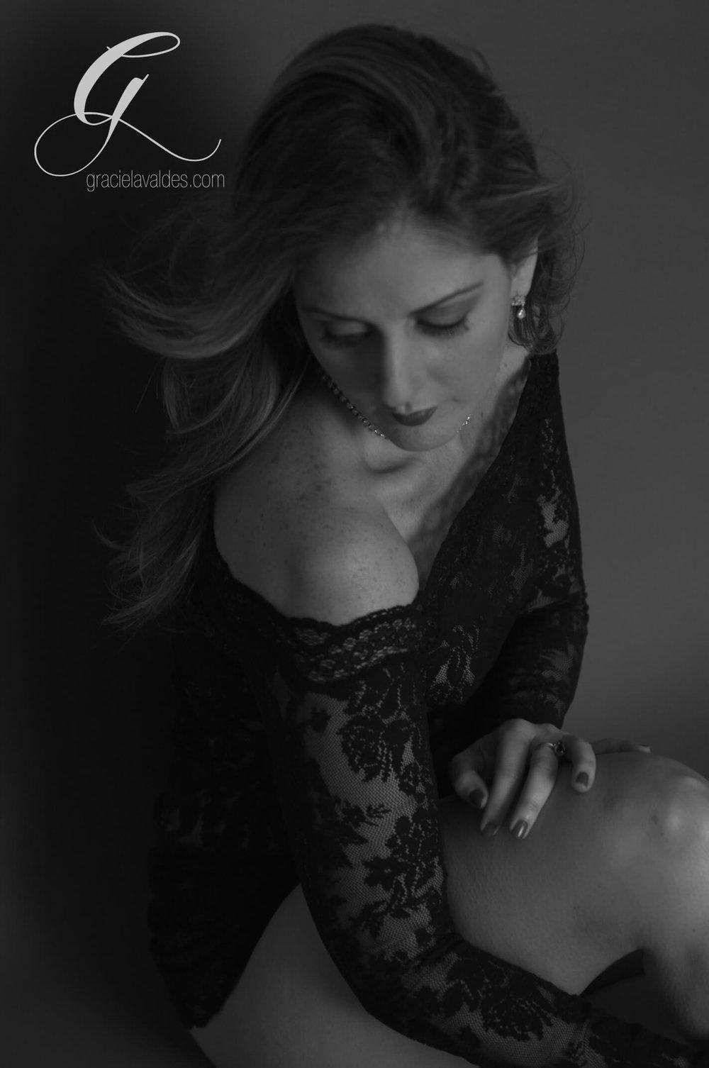 wonder woman Boudoir by Graciela Valdes8.jpg