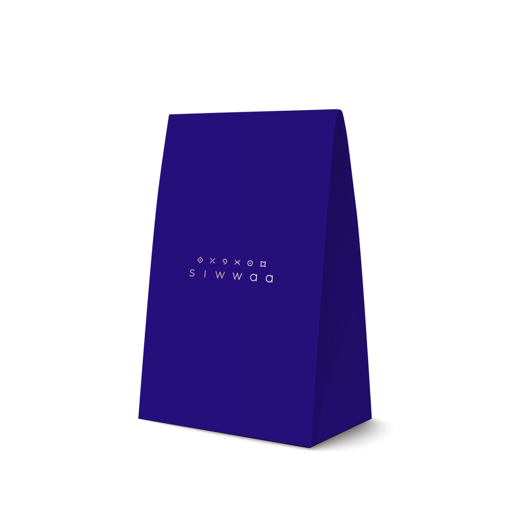 Packaging: - • This is the product's packaging• Comes with a cotton dust bag